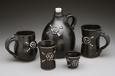 pirate-pots-group-dk-01-t.jpg